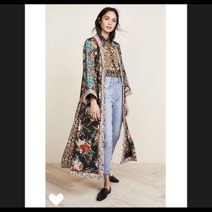 "Alice and Olivia ""Lynn Side Slit Long Kimono"""